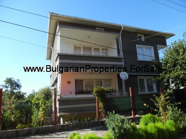 Large apartment for sale in the town of Popovo - 7800 Popovo, Bulgaria